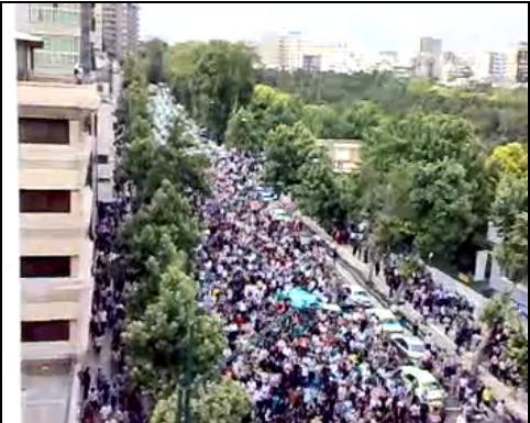 Los partidarios del lider reformista salieron a la calle