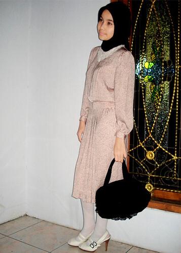 dress : gotchabelle shop, bag : creams closet, tight : missielle shop, shoes : charles n keith