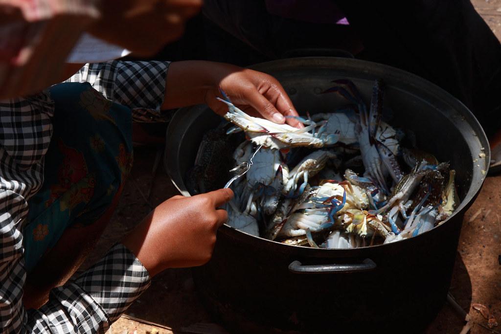 Kep, Crab Market