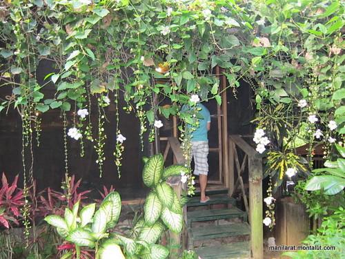 chateau hestia garden1