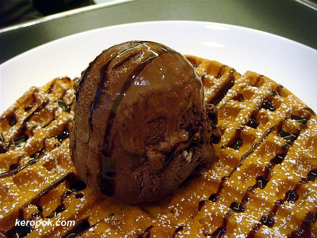 Double Chocolate Gelato on Waffle