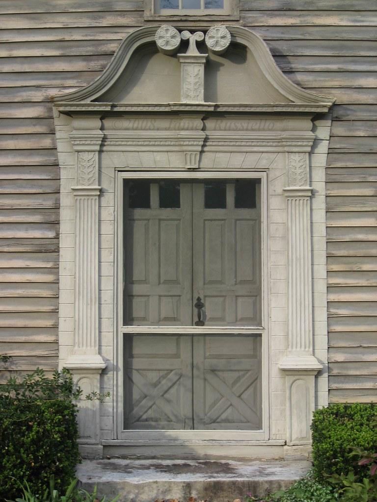 081024.041.MA.Stockbridge.MainSt.MissionHouse.1739.RevJohnSergeant.laterJohnEdwards.ConnecticutValleyDoor