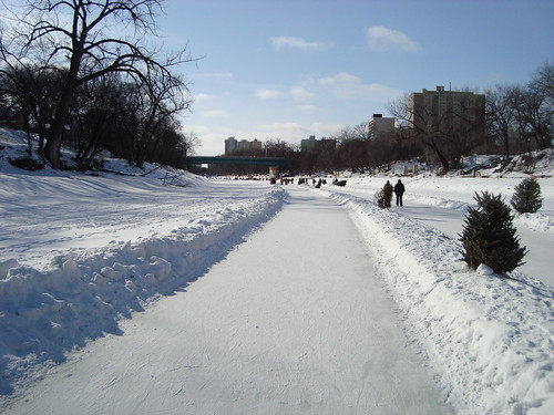 the trail winds its way down the Assinaboine River from The Forks