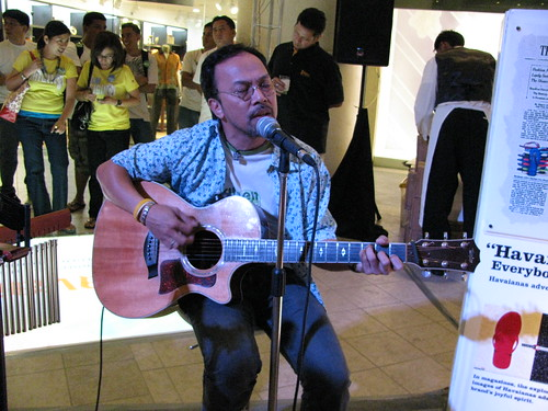 Noel Cabangon at Havaianas' event -2