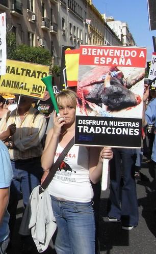 Manifiestación en Córdoba por la abolición de la tauromaquia. Mayo 2009 Feria de Córdoba.