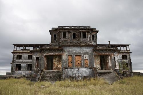 Edificio abandonado en Bokor Hill Station