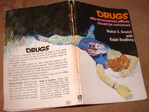 20100501 - yard sale stuff - DSCF0122 - Drugs book ($0.10)