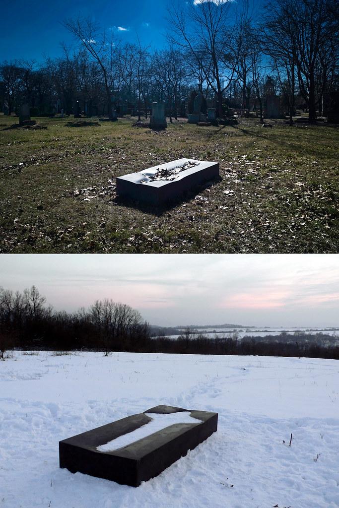 Seeyou panchina per cimiteri, design by Ákos Maurer Klimes e Péter Kucsera (2009)