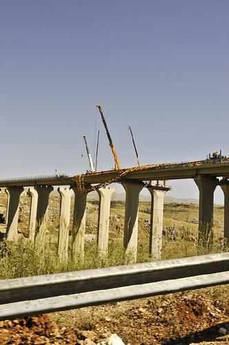 pont détruit par Israël en 2006 entre Beyrouth et Zahlé
