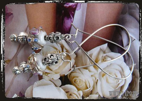 Orecchini bianchi - White fiorato earrings IDMEFIO