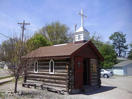 IL, Lincoln Route 66 Chapel 2