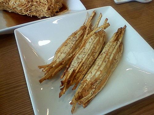 Deep Fried Prawn & Yam Pastry