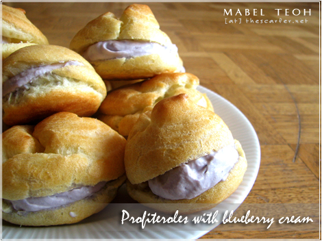 Profiteroles with blueberry cream