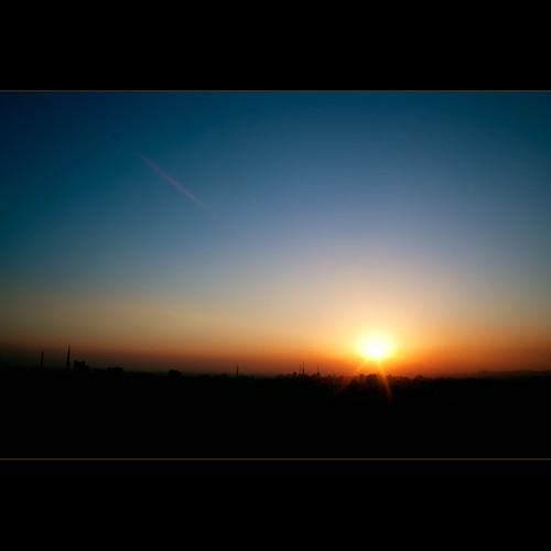 Look to Horizon... (by Fernando Delfini)