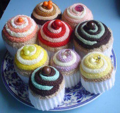 Swirl Cupcake FREE