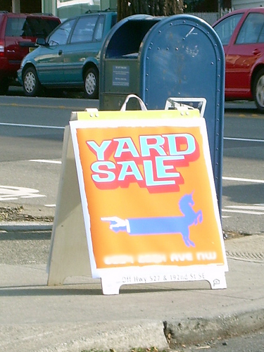 Groovy yard sale sign