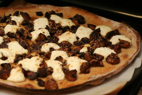 Mmmmmmmushroom Pizza