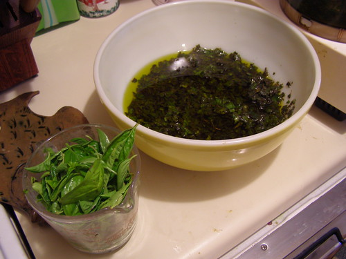 pesto making