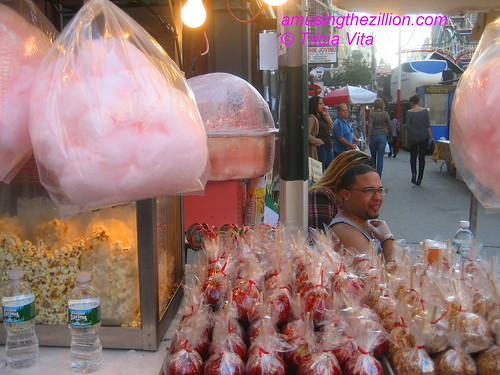 Floss & Apples at San Gennaro. Photo © Tricia Vita/me-myself-i via flickr