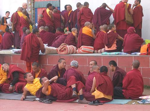 Mindrolling.  Esperando a Taklung Tsetrul Rimpoche.