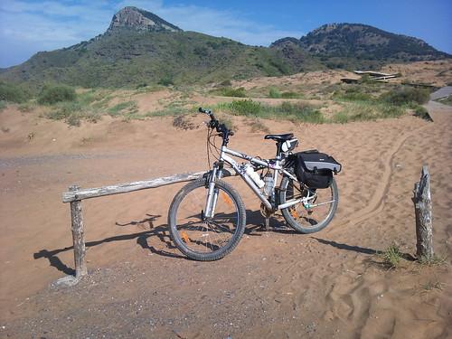 Bicicleta en Calblanque