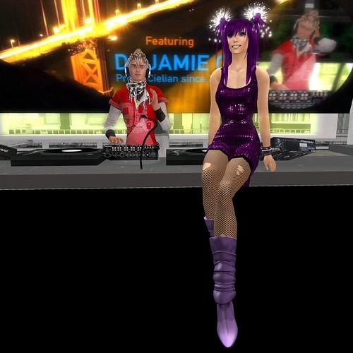 Nightlife with DJ Jamie