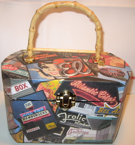 The One And Only Retro Roadmap Roadpurse!