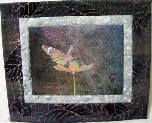 A Quick Visit, May Gallery Exhibit @Quiltworks