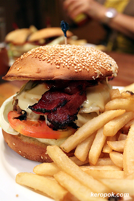 Mighty Joe Burger
