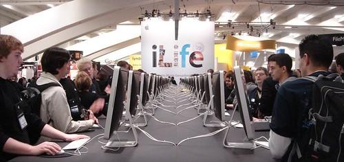 Apple's banks of iLife