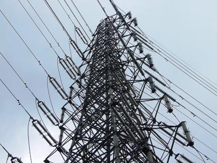 高圧電線鉄塔~豊栄道の駅