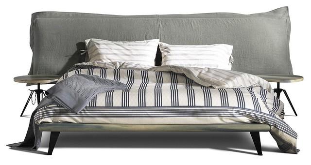 Cloudscape Platform Bed