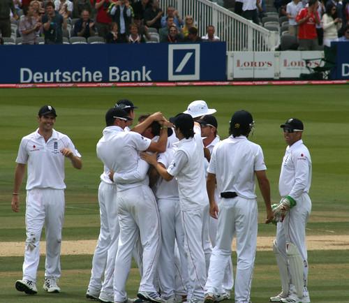 England mob Swanny by RNLJC&M