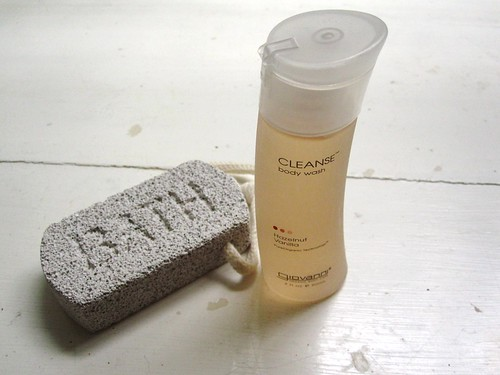 giovanni hazelnut vanilla body wash