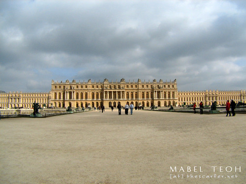 And if you turn around, you'll find the impressive Château...