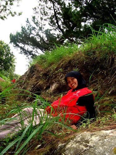 kak odha, the smiley girl ^^