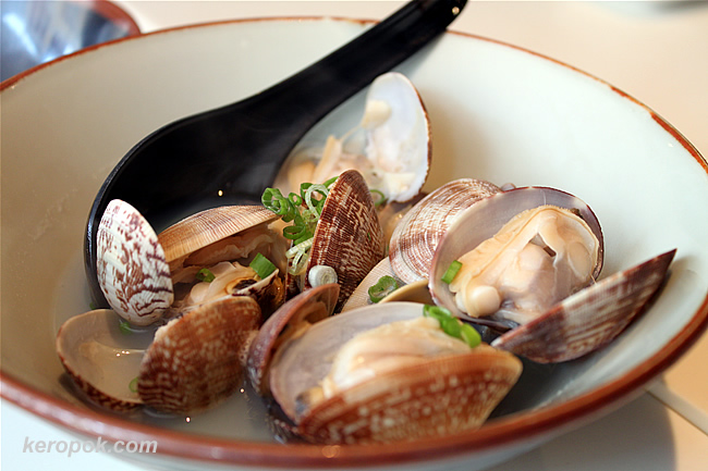 Sake Clams