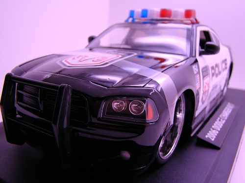 Jada Toys Dodge Charger Police (1)