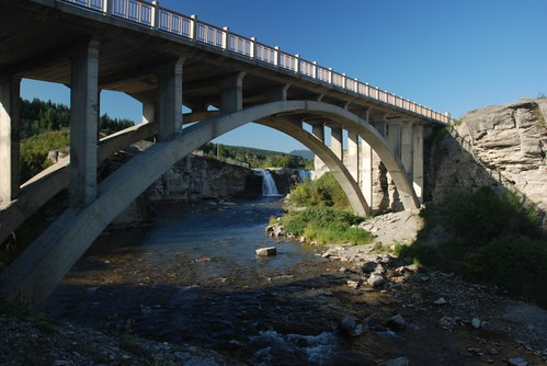 bridge at lundbreck falls2