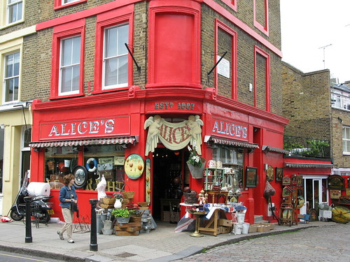 Alice's : Antique shop in Portebello