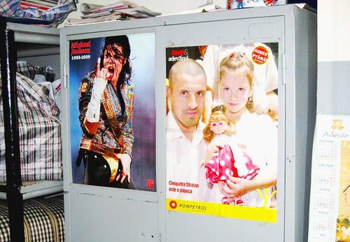 Michael Jackson vs. Pavluşa Stratan