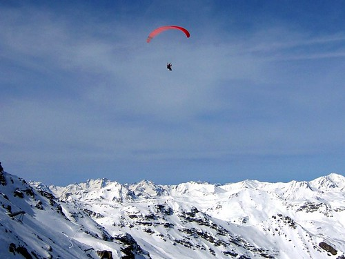 Paragliding over the Alps at Val Thorens.