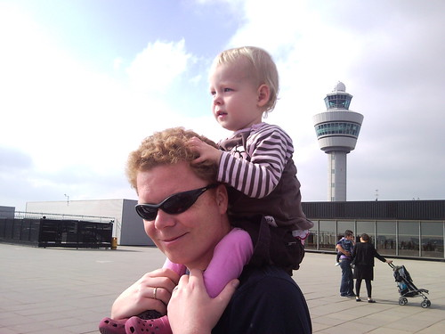 at the airport, daddy is going to fly