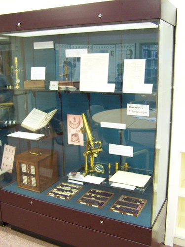 Darwins achromatic compound microscope, Whipple Museum, University of Cambridge