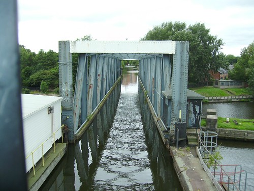 Swing Aqueduct