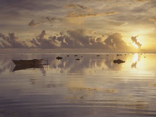 Daybreak at Cook Islands