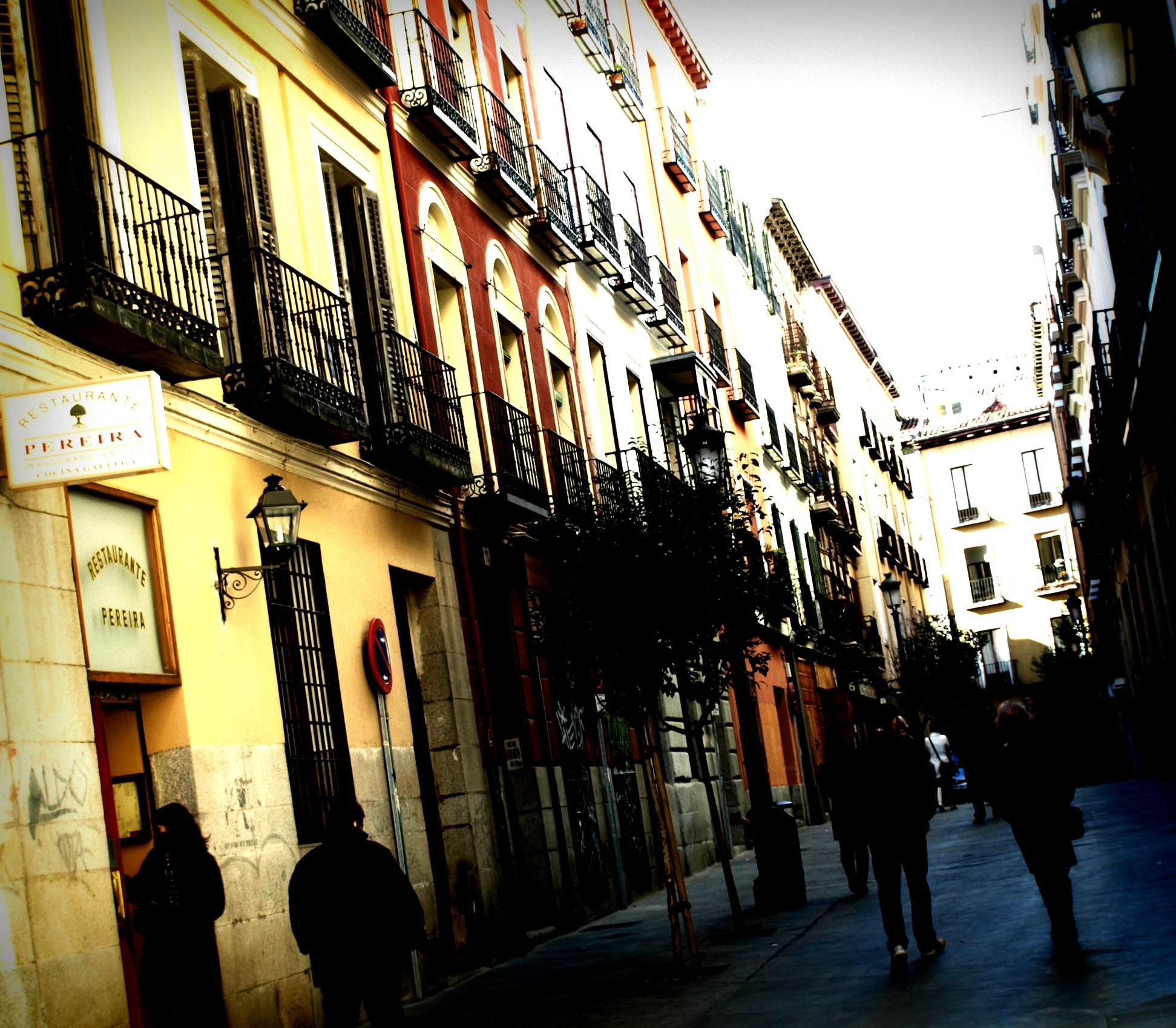 3193911579 3dcc0eb1d4 o Top 10 Things to Do in Madrid on a Backpacker's Budget
