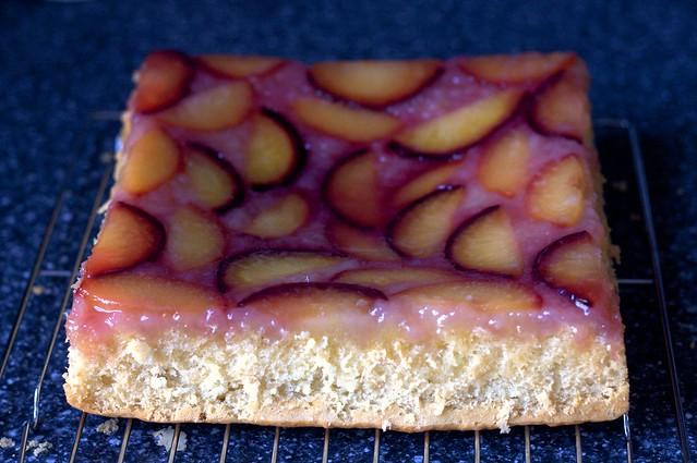 concave plum kuchen