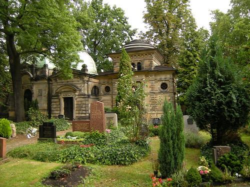 Dorfkirche Schöneberg - Kirchhof