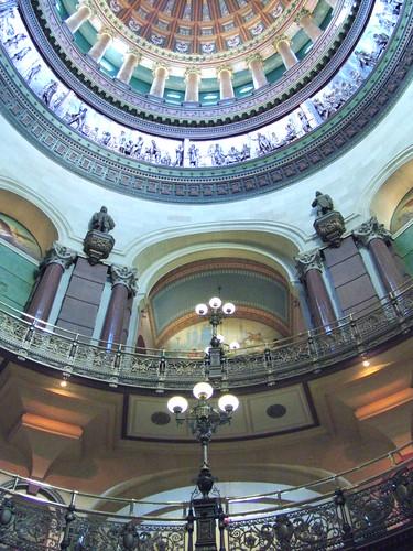 2009-03-01